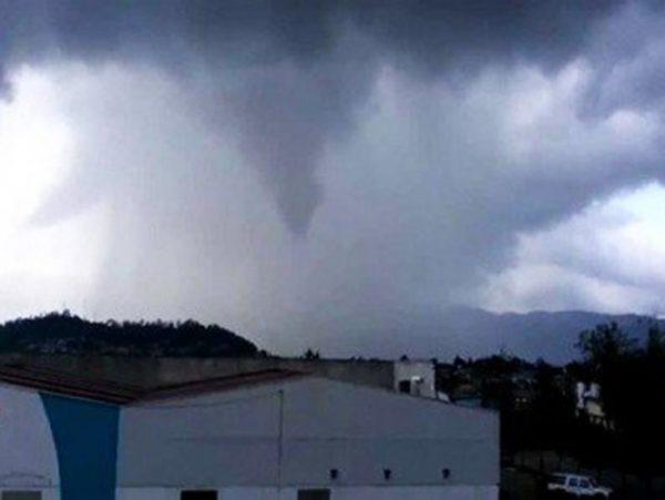 Tornado destruye 70 casas en San Cristóbal de las Casas