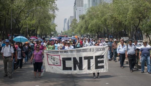 Confirma CNTE paro indefinido el 15 de mayo; no teme represión