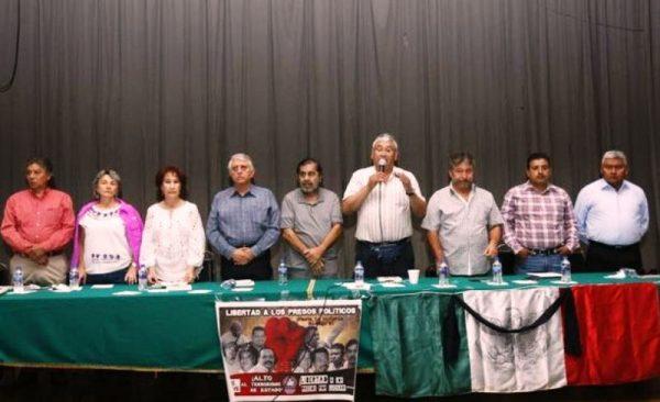 """CNTE seguirá con protestas hasta """"negociar reforma educativa"""""""