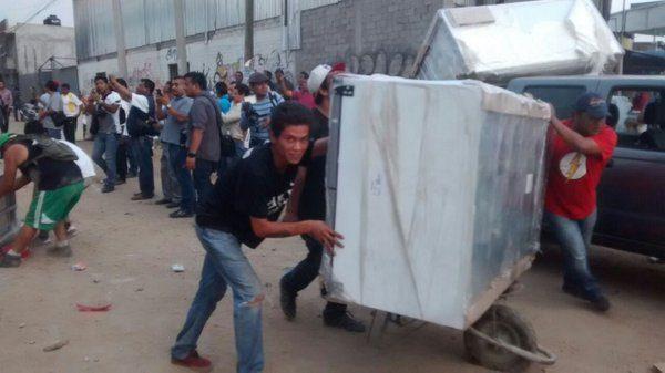 Hallan presuntas despensas y propaganda electoral del PRI en Oaxaca