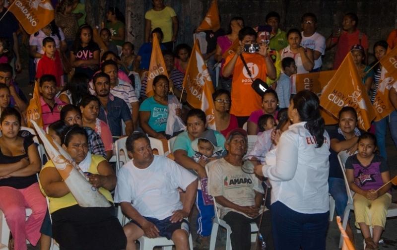 Candidata de movimiento naranja mexicana - 1 3