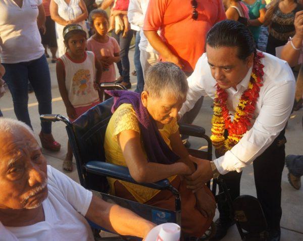 """Generaremos condiciones sociales para el desarrollo integral  de personas con discapacidad y pobreza"""": Fentanez"""