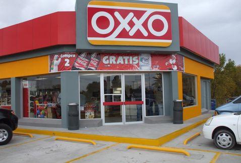 Oxxos expedirán actas de nacimiento