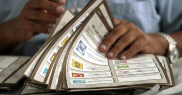 Borran a 'turistas electorales' de Oaxaca