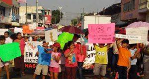 Padres de familia se solidarizan con el magisterio en el istmo