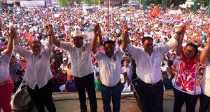 Realiza Fernando Bautista multitudinario cierre de campaña