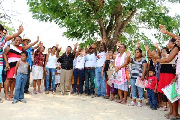 Pueblos negros confían en Benjamín  Robles, el gobernador de la gente