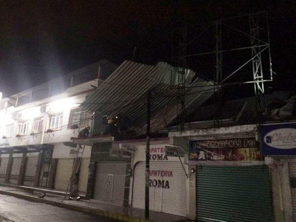 7 casas dañadas y árboles caídos, reporta PC en Tuxtepec