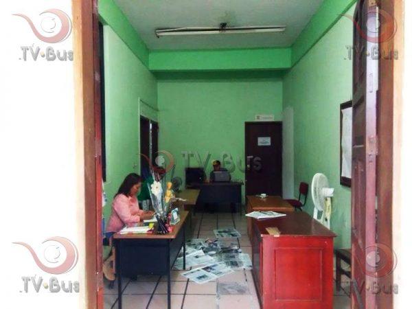 FOTOS: Goteras exhiben el descuido en el que se encuentra el palacio municipal