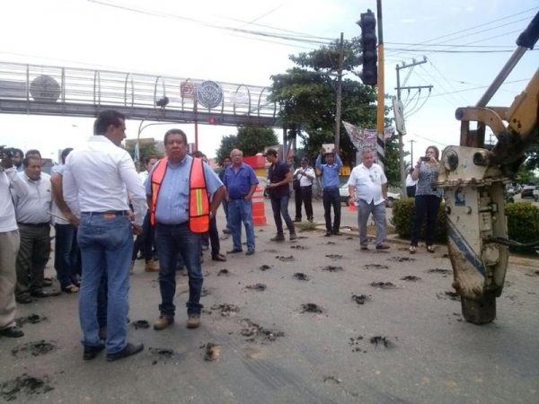Arranca segunda etapa de pavimentación en Blvd. Benito Juárez