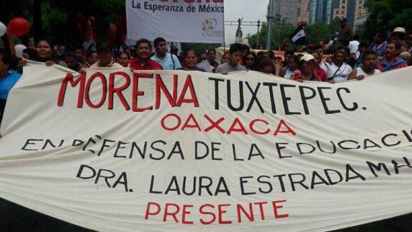MORENA Tuxtepec participa en marcha de México