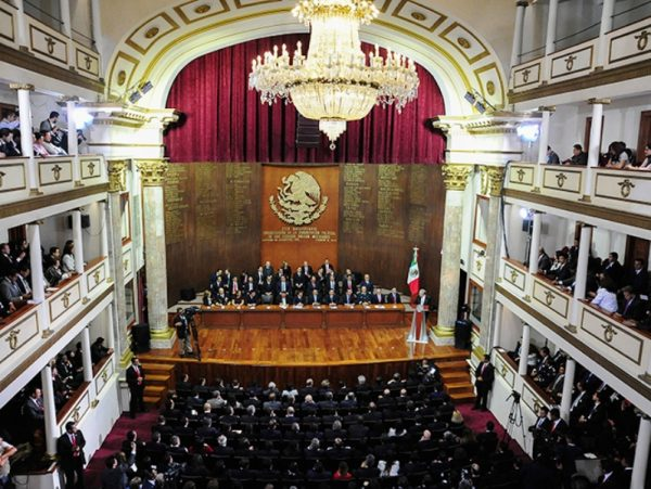 Teatro en que se promulgó la Constitución de 1917 está en venta