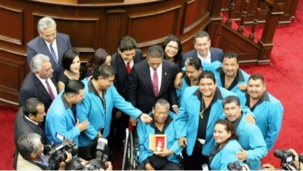 Reconoce Congreso de Michoacán a banda de narcocorridos