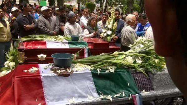 Rinden homenaje a caídos en Nochixtlan