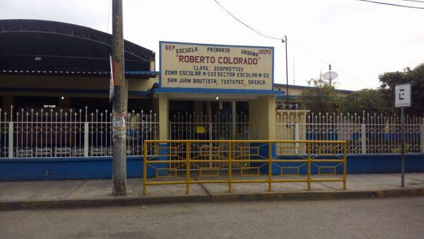 Roban Primaria Roberto Colorado en Tuxtepec; director pide seguridad