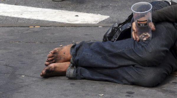 Queman con gasolina a indigente y pierde la vida en Veracruz