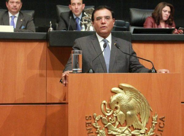Benjamín Robles regresa a Senado, trabajará en Ley Anticorrupción