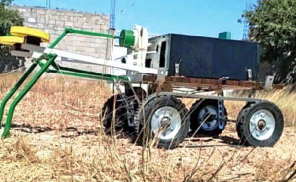 El robot zapoteca que siembra maíz