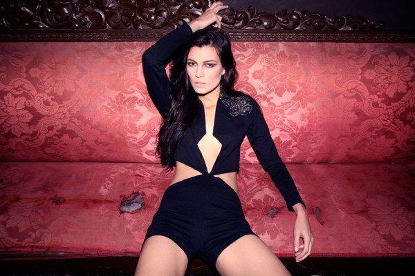Ex de Sergio Mayer Jr posará embarazada para Playboy