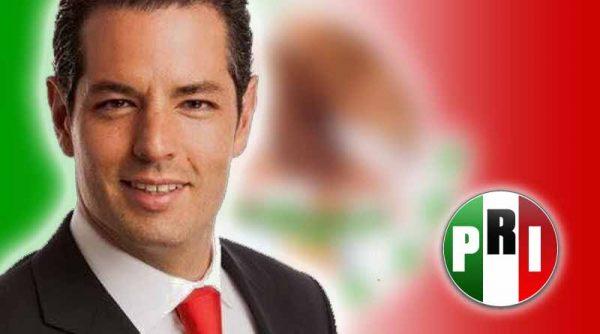 El Zumbido del Moscardón/Alejandro Leyva Aguilar