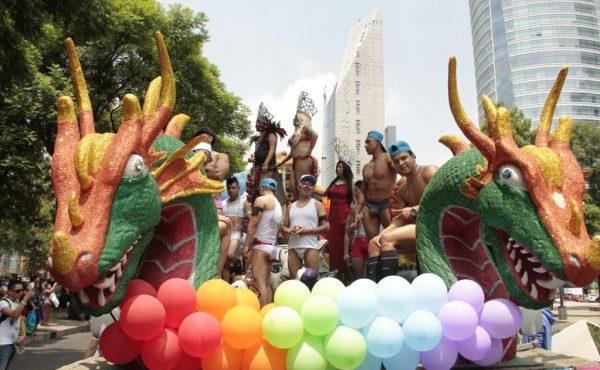 FOTOS: Marcha comunidad LGBTTTI al Zócalo