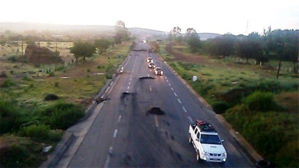 Retiran bloqueo de carretera en Nochixtlán, se normaliza tránsito