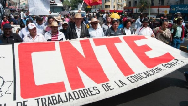 CNTE amenaza con paro nacional