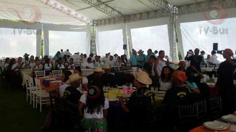"""#Guelaguetza2016 Inicia """"Comida de la Hermandad"""""""