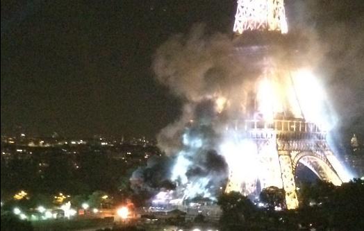 Reportan incendio en las inmediaciones de la Torre Eiffel en París