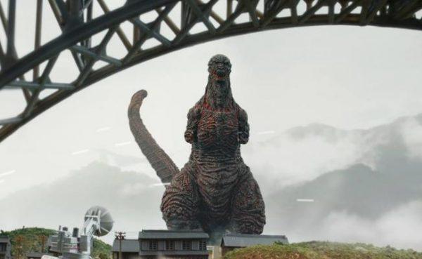 Llega a cines un Godzilla más grande e irracional