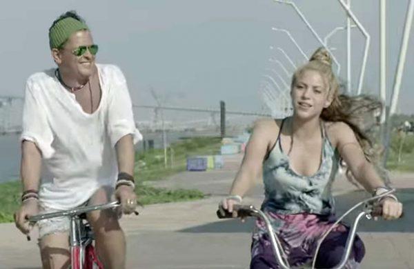 """Shakira y Carlos Vives estrenan su nuevo video """"La Bicicleta"""""""