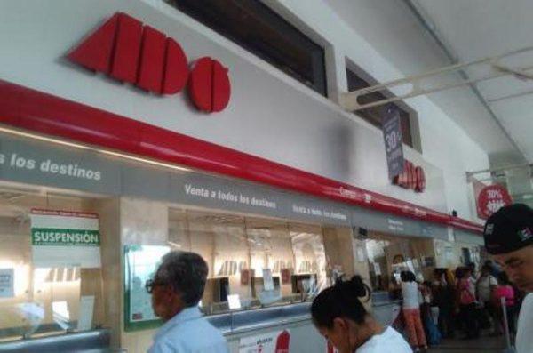 Por bloqueos de maestros, ADO suspende corridas en Oaxaca