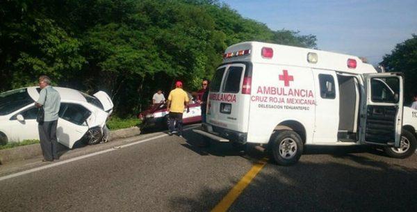 Choque de autos en el Istmo deja 3 lesionados