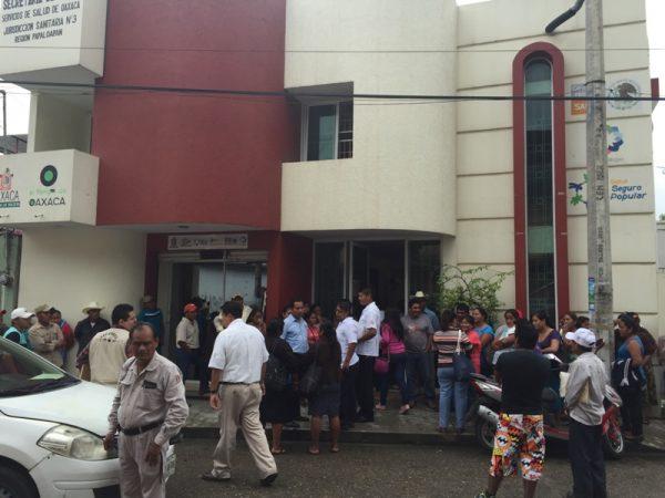 """Habitantes de """"La Mina"""", exigen médico para centro de salud"""