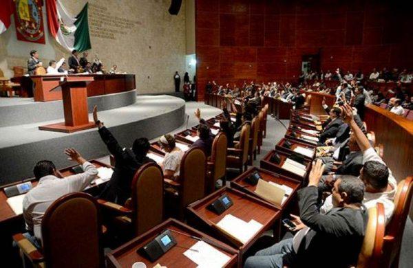 Congreso de Oaxaca urge declaración de desastre económico