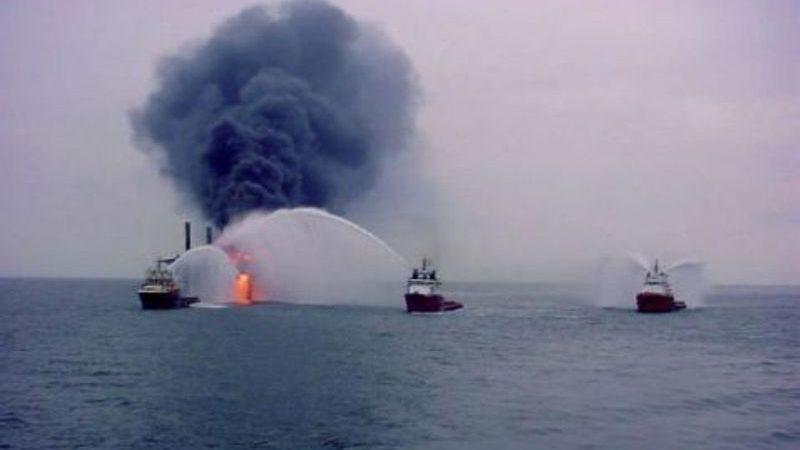 A salvo 31 tripulantes que permanecían en el buque Burgos: Pemex