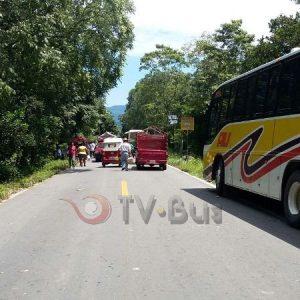 Bloquea CODECI carretera Tuxtepec-Oaxaca