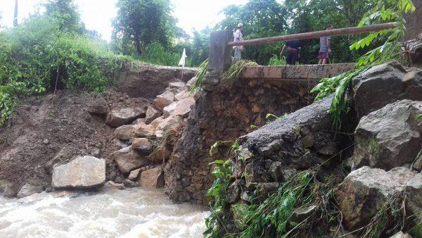 Puente con daño en Santa Úrsula será reparado por ayuntamiento: Agente