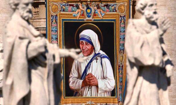 Teresa de Calcuta ya es Santa