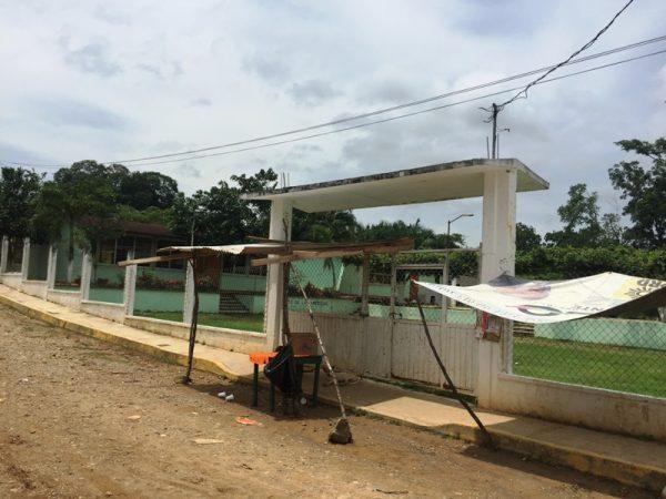 Con problemas en tres escuelas inicia el ciclo escolar en Tuxtepec