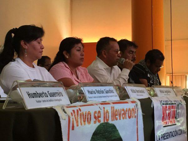 Padres de normalistas de Ayotzinapa, critican nombramiento de Tomás Zerón