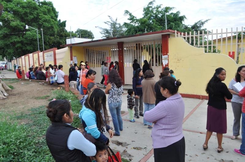 Padres vigilarán inicio de clases y calendario escolar