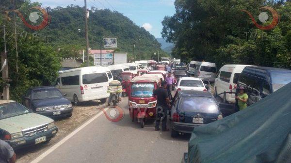 Se agudiza conflicto entre urvans y Chinantecos, tras segundo dia de manifestaciones
