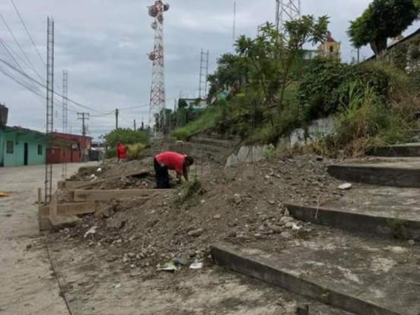 Se inconforman habitantes de Ixcatlán, por instalación de gasera