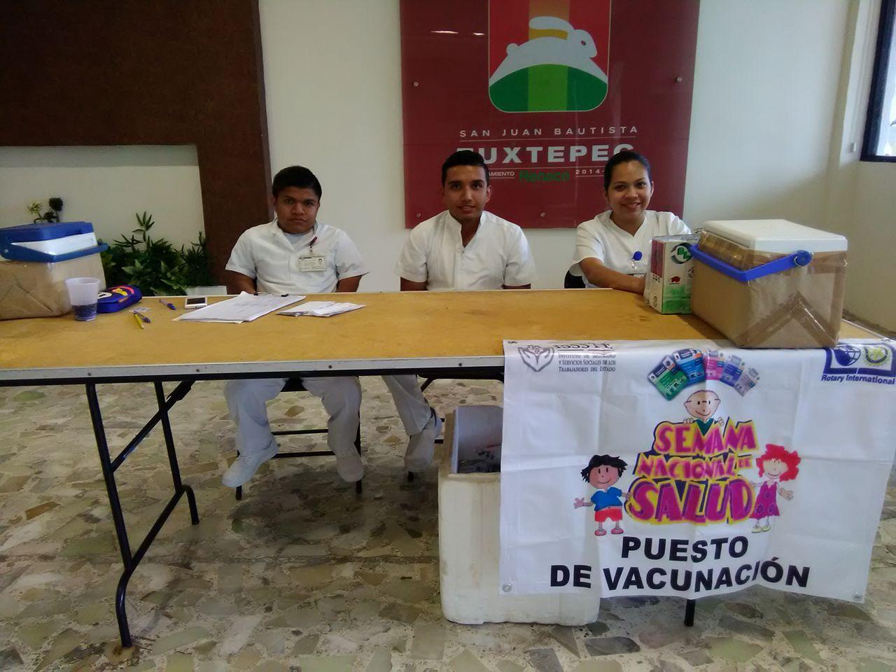 Instalan Módulo De Vacunación Contra Influenza En El Palacio