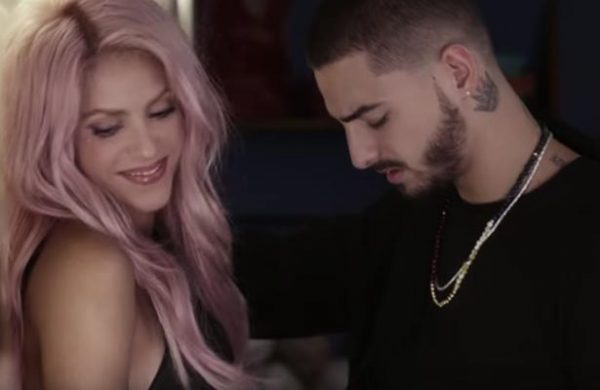 "Shakira y Maluma, super sensuales en su video ""Chantaje"""