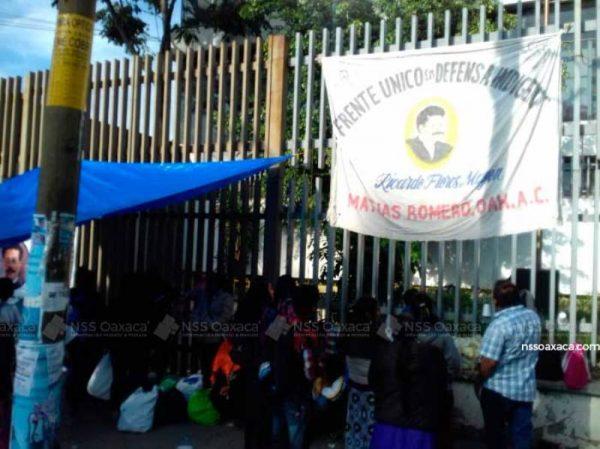 Militantes del FUDI bloquean conciliación y arbitraje