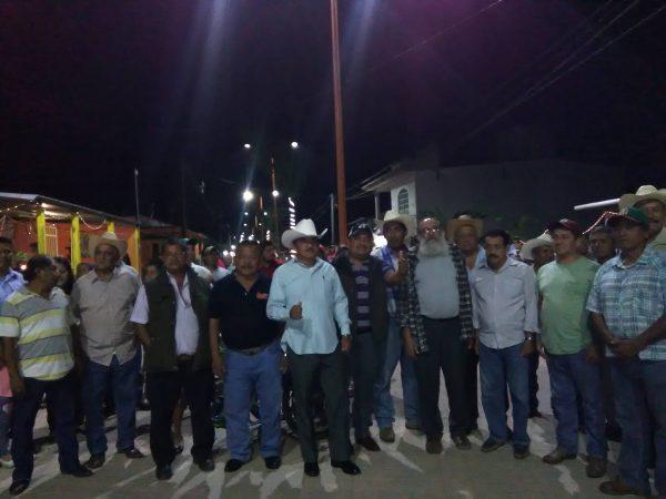 Inauguran obra en avenida Independencia de Jacatepec