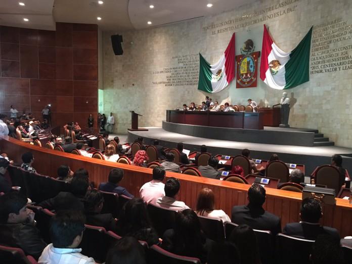 Presentan iniciativa para dotar de mayores facultades  a la Diputación Permanente de la Legislatura