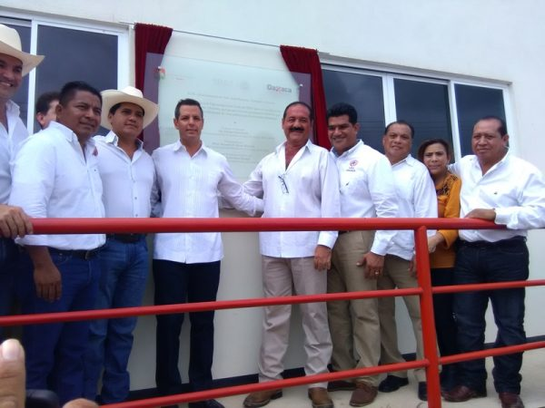 A 21 días de ser Gobernador, Murat realiza gira en Tuxtepec